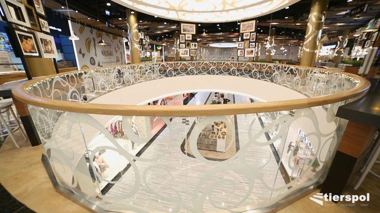 Gdzie najlepiej sprawdzą się balustrady szklane samonośne?